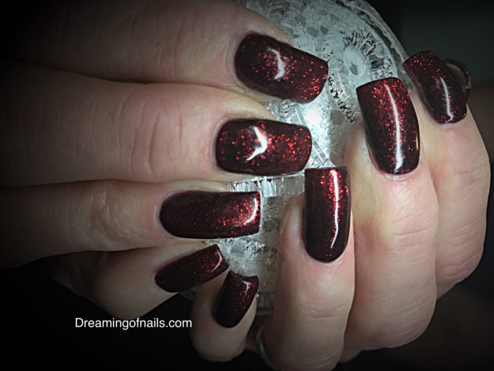 Dark red glitter nails for fall