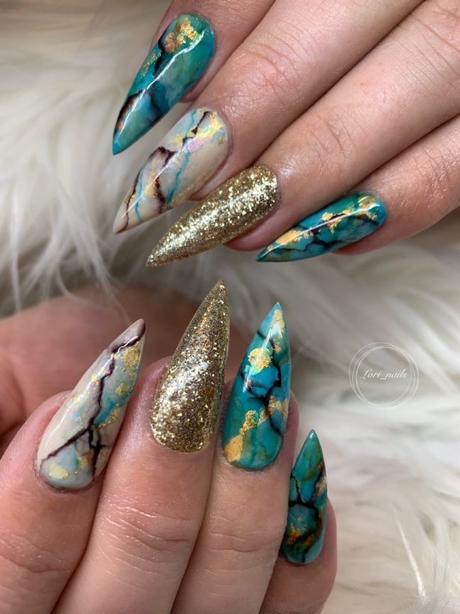 Turquoise and beige marble nails